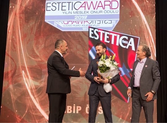 Estetica Meslek Onur Ödülü Habib Örs'ün