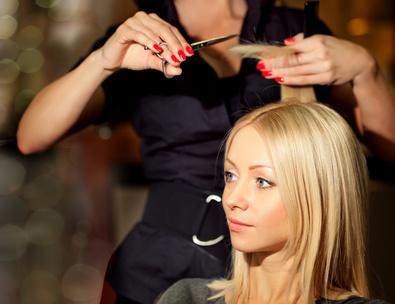Saçlarda elektriklenme ve kabarma neden olur?
