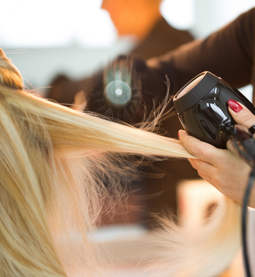 saçalarım neden kabarıyor ve elektrikleniyor