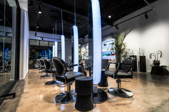 İlham veren salon tasarımı: Kinky Curly Straight