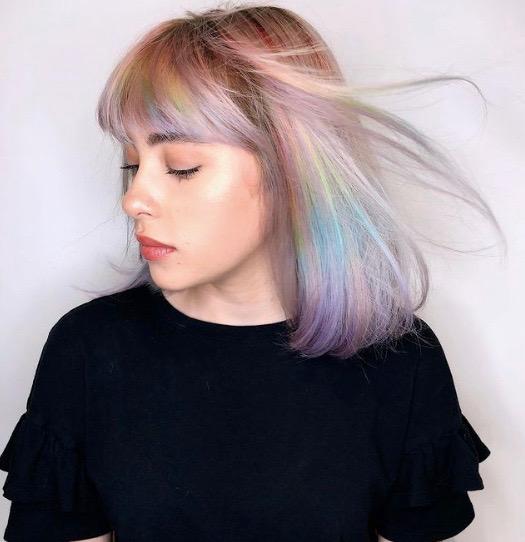 Shelley Gregory, pastel renk saçlar