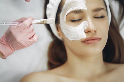 cilde nem bombası maskeler